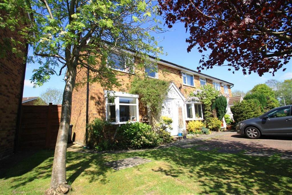 3 Bedrooms End Of Terrace House for sale in Gorsefield Hey, Wilmslow