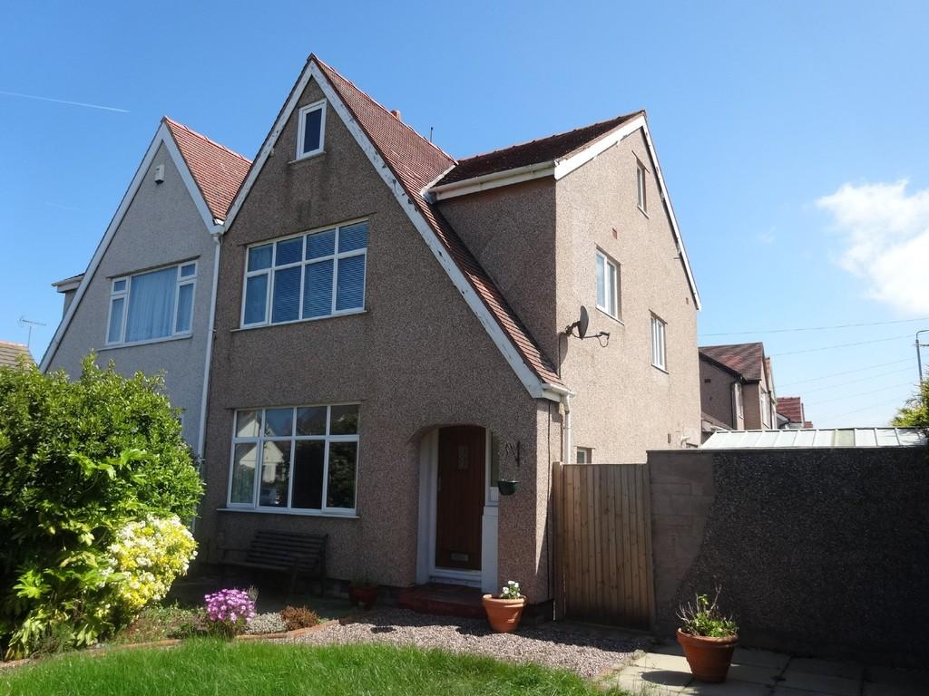 4 Bedrooms Semi Detached House for sale in Rhuddlan Road, Rhyl