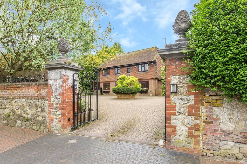 3 Bedrooms Detached House for sale in High Street, Brasted, Westerham, Kent, TN16