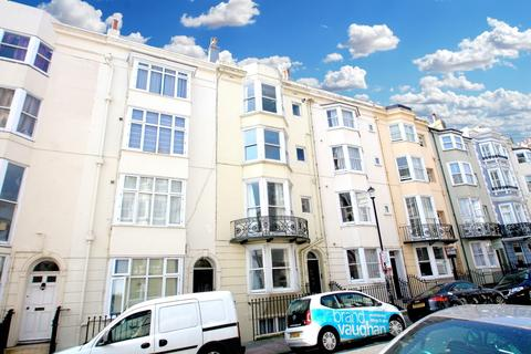 Studio to rent - Madeira Place, Brighton, BN2