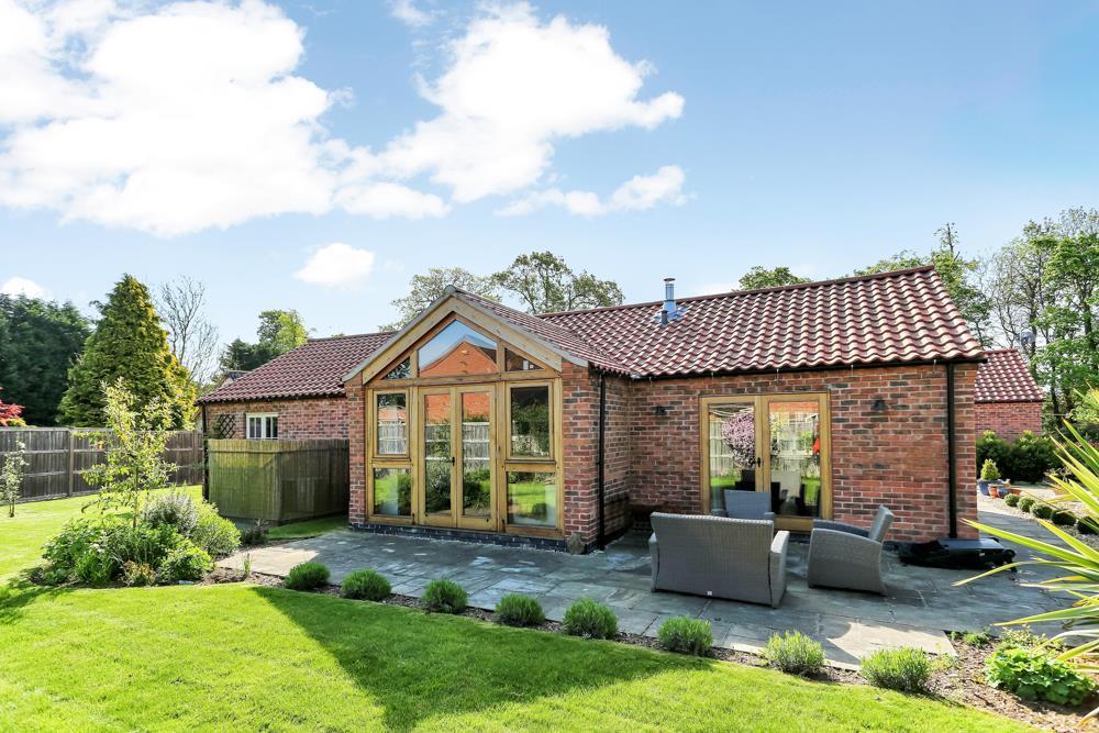3 Bedrooms Detached House for sale in Kirk Hill, East Bridgford, Nottingham