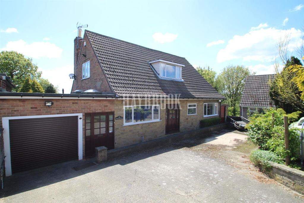 3 Bedrooms Detached House for sale in Castle Drive, Hood Green