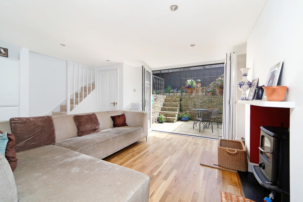 4 Bedrooms Link Detached House for sale in Old Woolwich Road London SE10