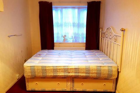 1 bedroom flat to rent - Croombs Road