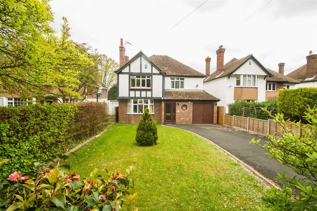 4 Bedrooms Detached House for sale in Roseacre Lane, Bearsted, Maidstone