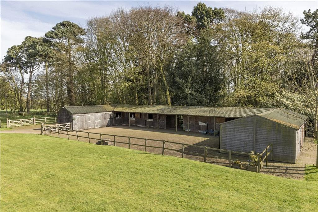 4 Bedrooms Equestrian Facility Character Property for sale in Welford Road, Spratton, Northampton, Northamptonshire, NN6