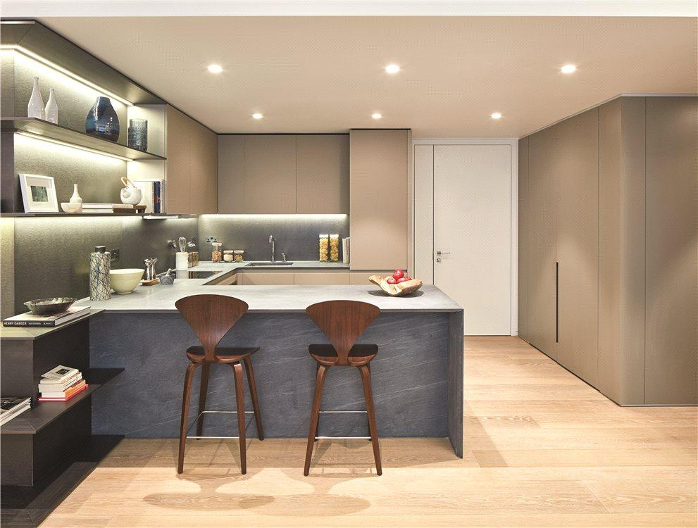 2 Bedrooms Flat for sale in The Nova Building, 83 Buckingham Palace Road, Victoria, London, SW1E