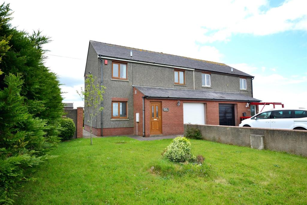 3 Bedrooms Semi Detached House for sale in Military Road, Pennar, Pembroke Dock