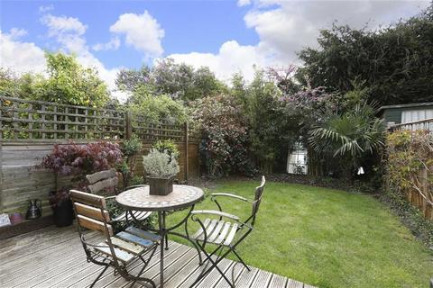 2 bedroom terraced house for sale - Aysgarth Road, London, London