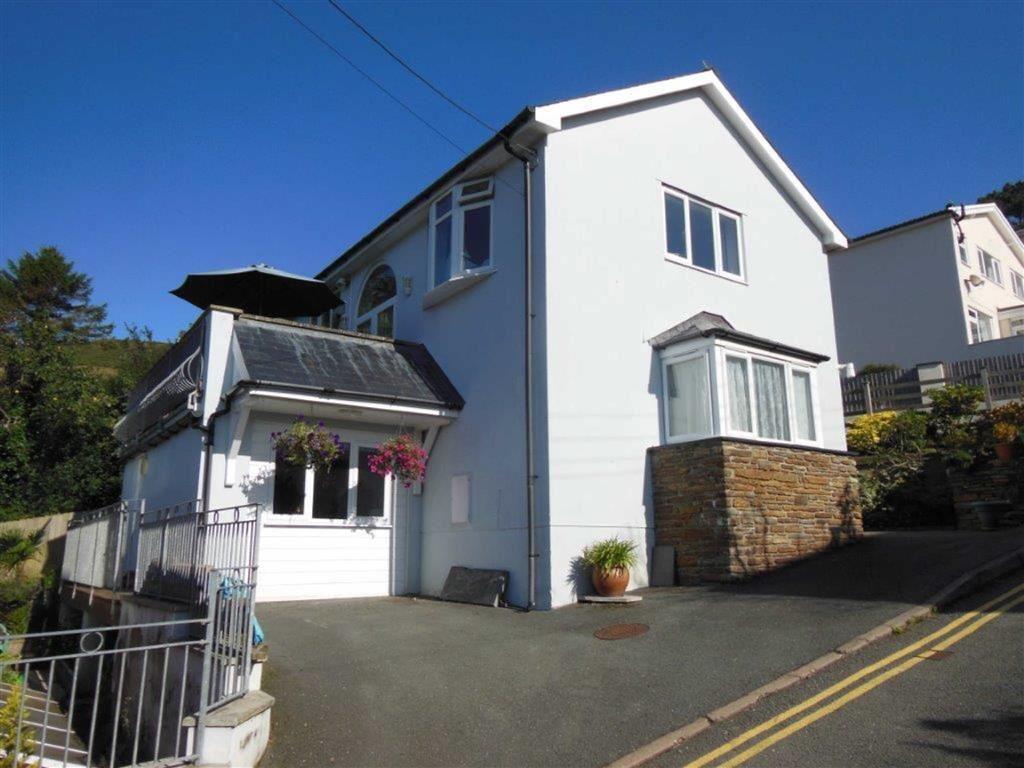 3 Bedrooms Detached House for sale in Ty Popty Uchaf, Argoed Road, Aberdyfi, Gwynedd, LL35