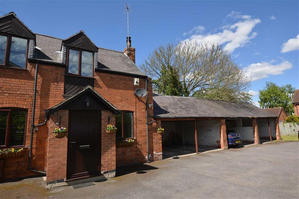2 Bedrooms Town House for sale in Lower Kirklington Road, Southwell, Nottinghamshire, NG25