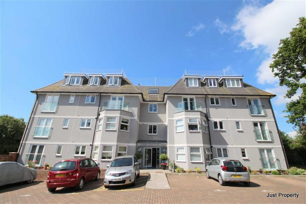 3 Bedrooms Apartment Flat for sale in Pine Avenue, Hastings