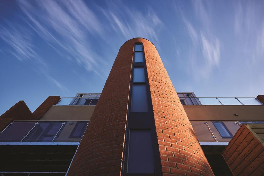 2 Bedrooms Apartment Flat for sale in The Warehouse, Manor Road, Colchester, Essex, CO3