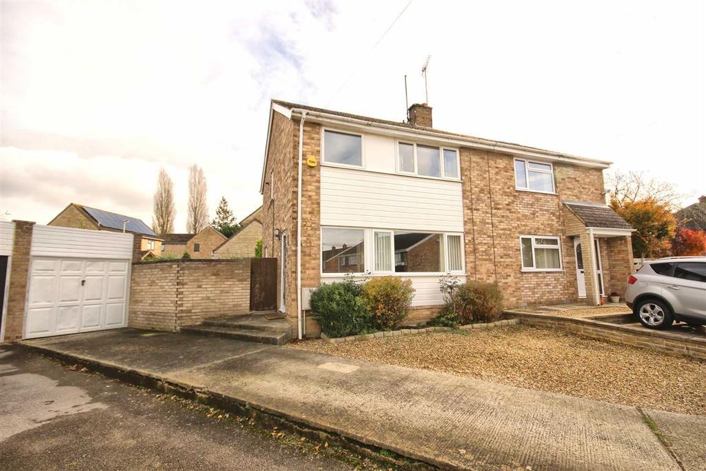 3 Bedrooms Semi Detached House for sale in Brymore Close, Prestbury, Cheltenham, GL52