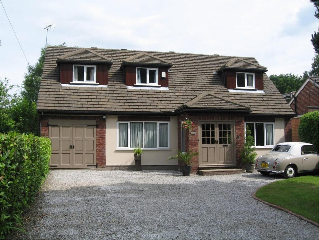 3 Bedrooms Detached House for sale in The Coppice, Poynton