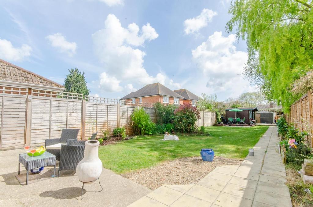 3 Bedrooms Semi Detached House for sale in Willington Street, Maidstone, Kent