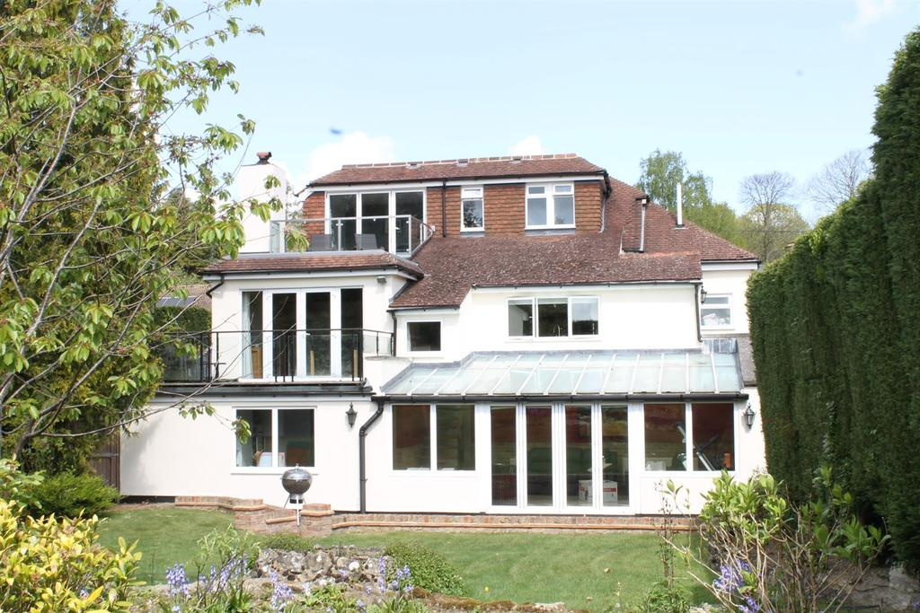 4 Bedrooms Detached House for sale in North Pole Road, Barming, Maidstone
