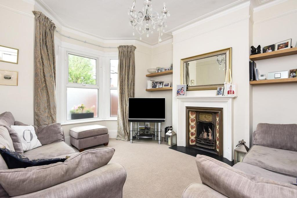 4 Bedrooms Terraced House for sale in Trentham Street, Southfields, SW18