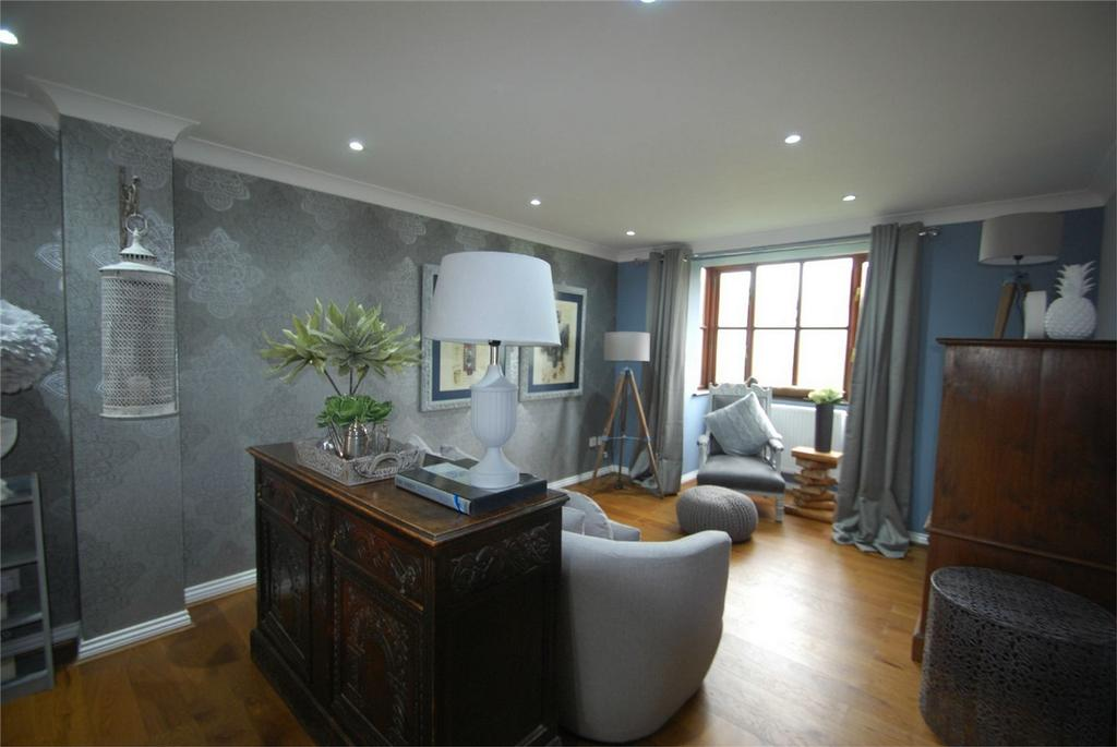 3 Bedrooms Detached House for sale in Lenham