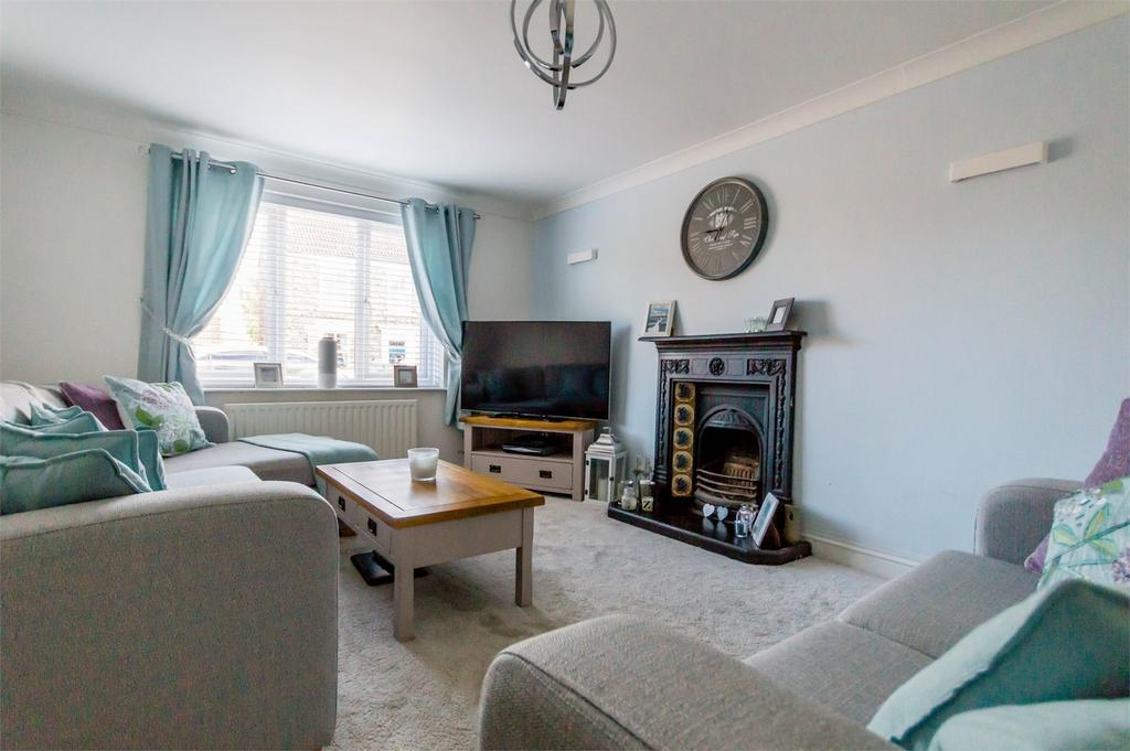 4 Bedrooms Detached House for sale in Water Lane, Hemingbrough, Selby, North Yorkshire