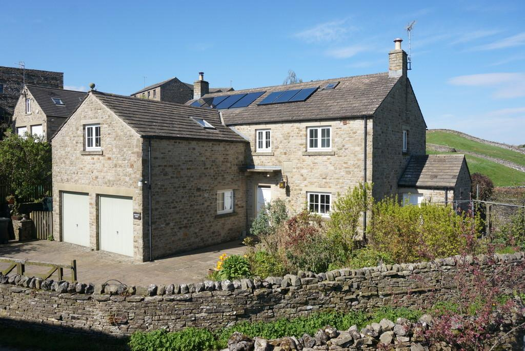 4 Bedrooms Detached House for sale in Abbotstone House, Hawes
