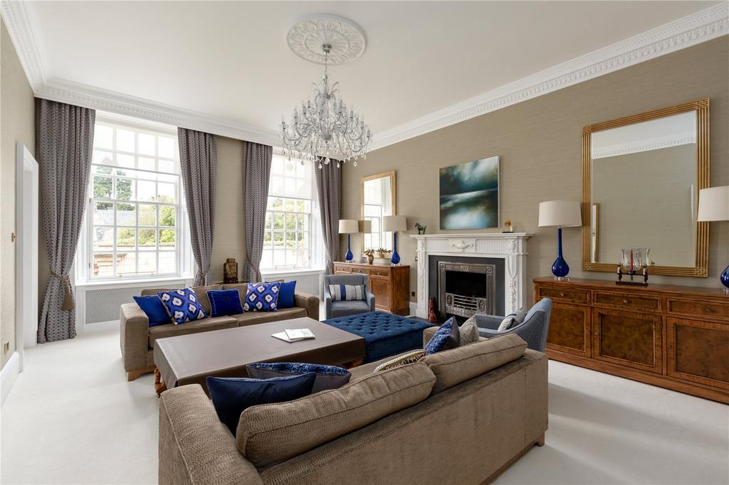 3 Bedrooms Apartment Flat for sale in Kinellan Gardens, Edinburgh