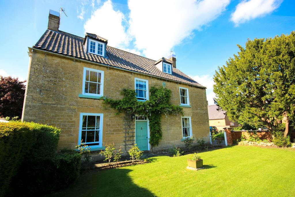 6 Bedrooms Farm House Character Property for sale in Home Farm, Pickworth
