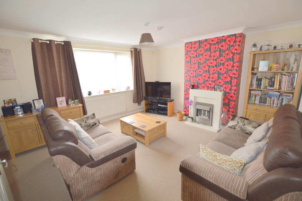 3 Bedrooms Semi Detached House for sale in Rowelfield, Vauxhall Park, Luton, LU2 9HN