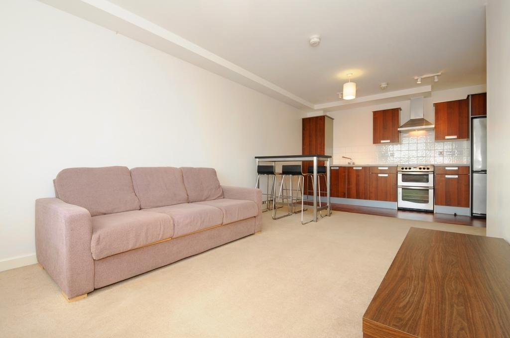 Boston Park Road Brentford Tw8 2 Bed Apartment 1200 Pcm 277