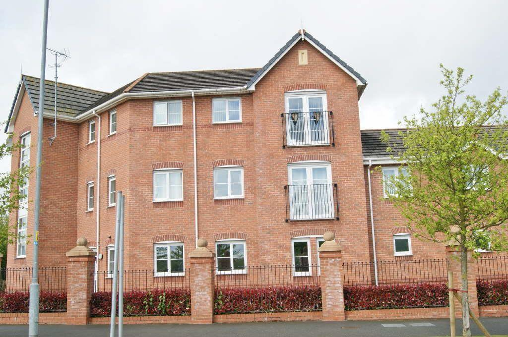 2 Bedrooms Apartment Flat for sale in Pendinas, Pentre Bach, Wrexham