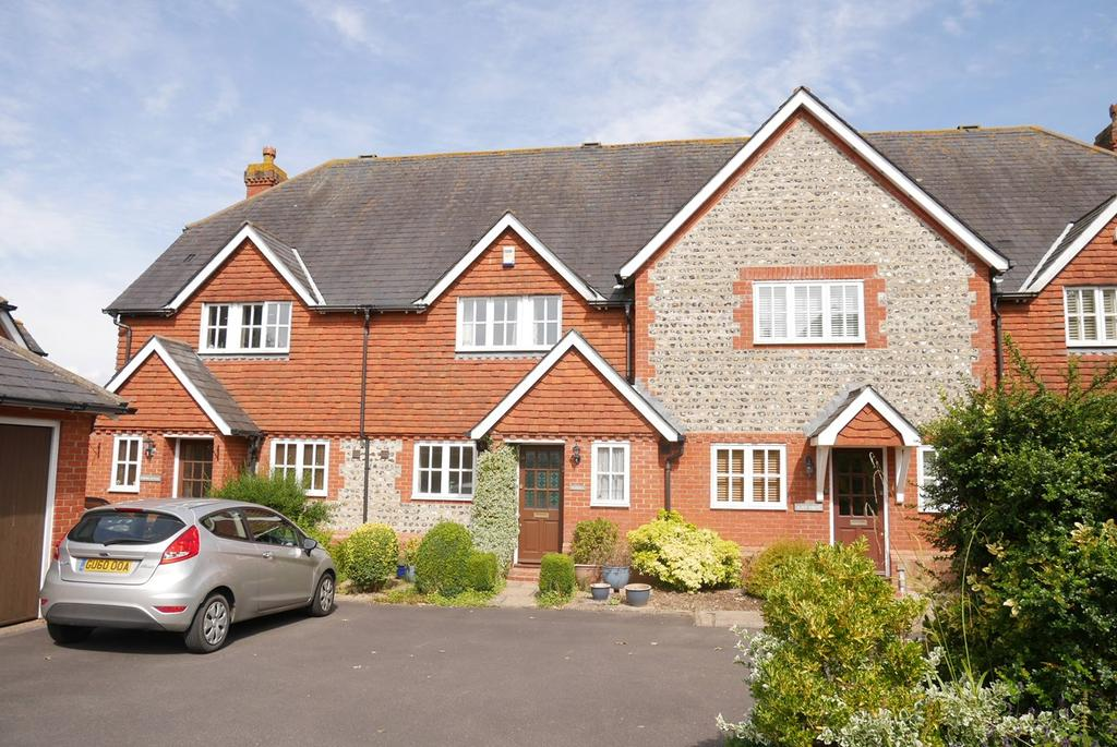 3 Bedrooms Terraced House for sale in Smugglers Close, Alfriston, Polegate, BN26