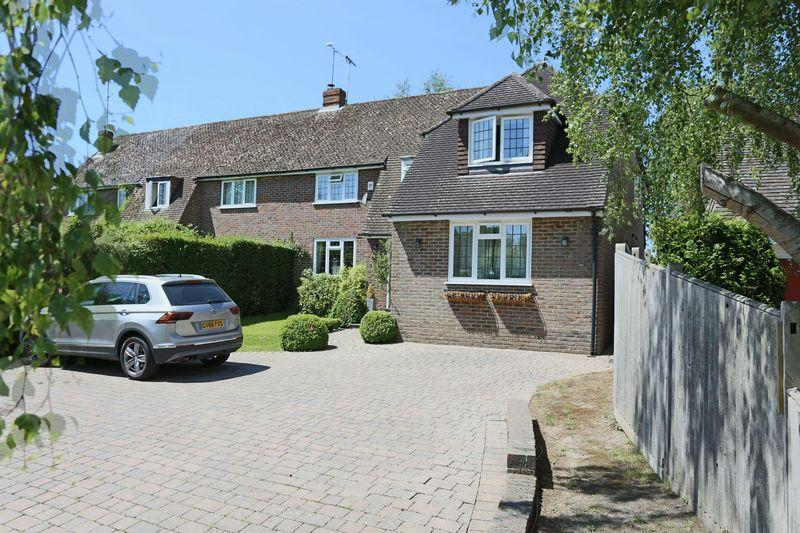 5 Bedrooms Semi Detached House for sale in The Street, Bolney