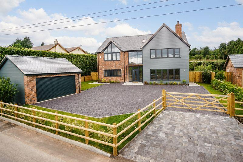 4 Bedrooms Detached House for sale in Kelsall, Nr Tarporley