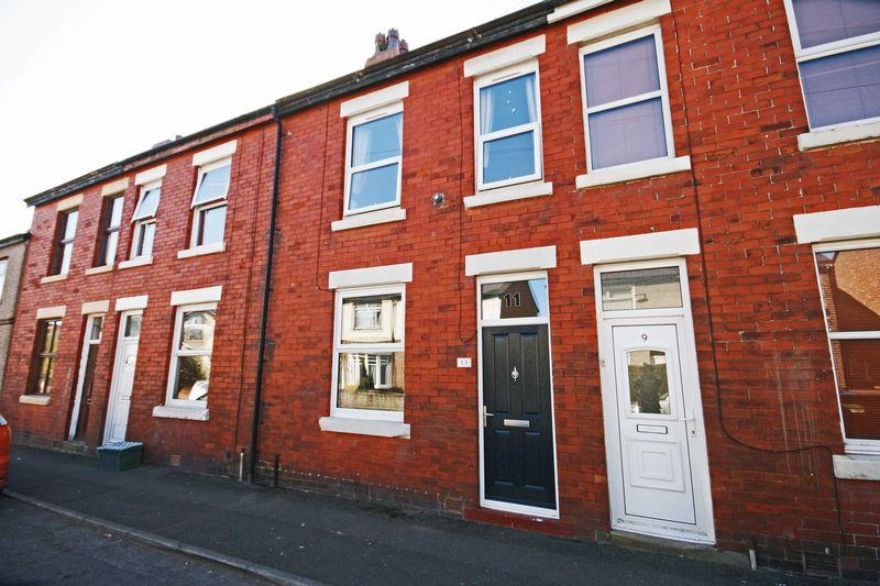 2 Bedrooms Terraced House for sale in Curzon Road, Poulton-Le-Fylde