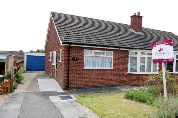 2 Bedrooms Bungalow for sale in Owen Crescent, Melton Mowbray, LE13