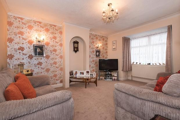 3 Bedrooms Bungalow for sale in Rowan Road, Bexleyheath, DA7