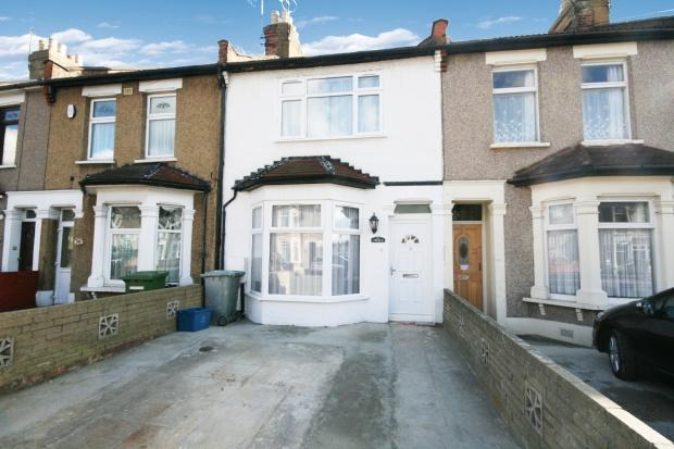 3 Bedrooms Terraced House for sale in Thorold Road, Ilford, IG1