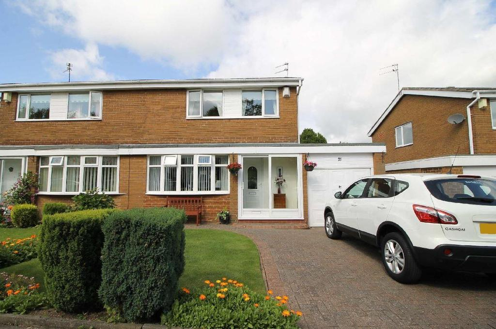 3 Bedrooms Semi Detached House for sale in Cranbrook Court, Newcastle Upon Tyne