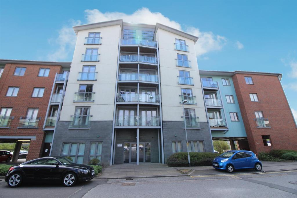 2 Bedrooms Apartment Flat for sale in Worsdell Drive, Gateshead
