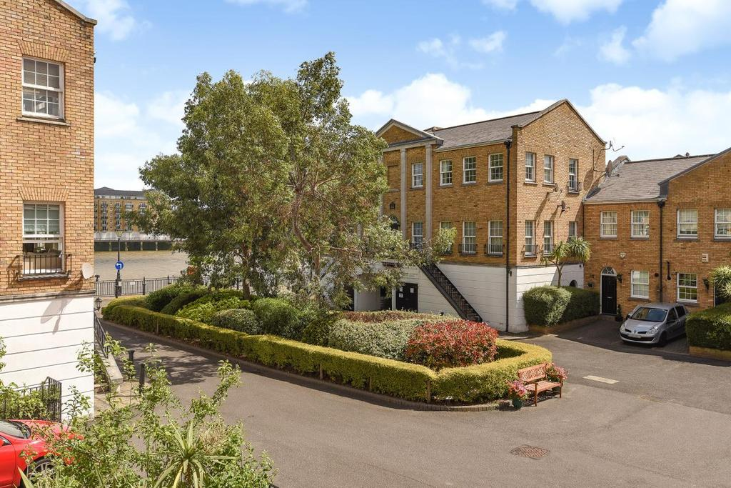 2 Bedrooms Terraced House for sale in Sophia Square, Surrey Quays
