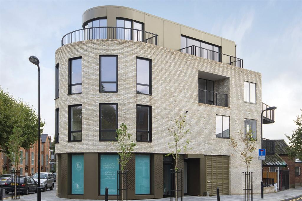 1 Bedroom Flat for sale in Moore House, Millfields Road, London, E5