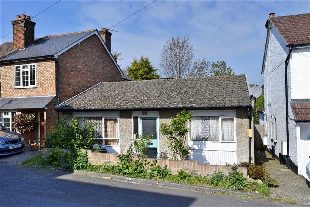 2 Bedrooms Detached Bungalow for sale in Bethel Road, Sevenoaks, TN13