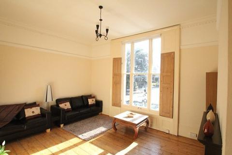 1 bedroom flat to rent - Church Street, London, N9