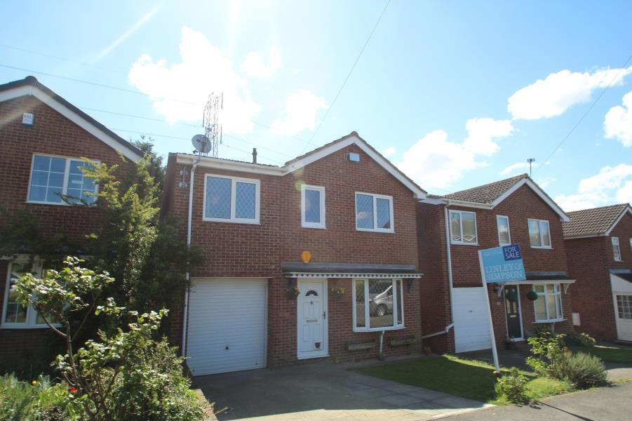 4 Bedrooms Detached House for sale in GAINSBOROUGH WAY, STANLEY, WAKEFIELD, WF3 4PX
