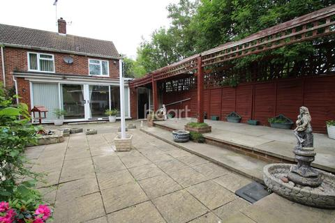 3 bedroom semi-detached house for sale - Western Avenue, Dogsthorpe, Peterborough