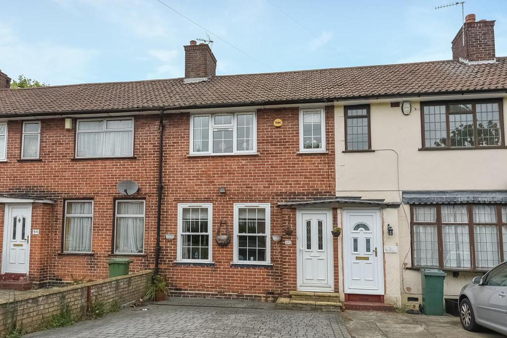 3 Bedrooms Terraced House for sale in Dunkery Road, Mottingham, SE9