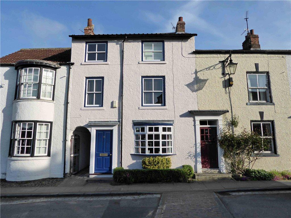 3 Bedrooms Terraced House for sale in College Square, Stokesley, North Yorkshire