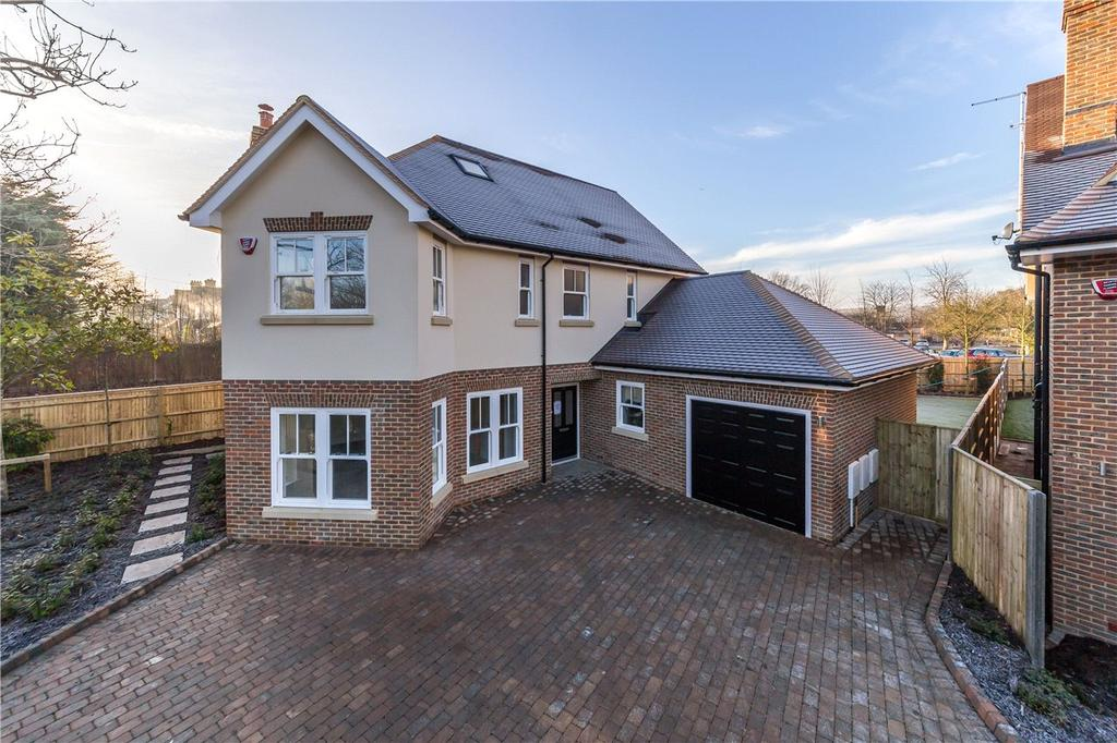 4 Bedrooms Detached House for sale in Watling Street, St Albans