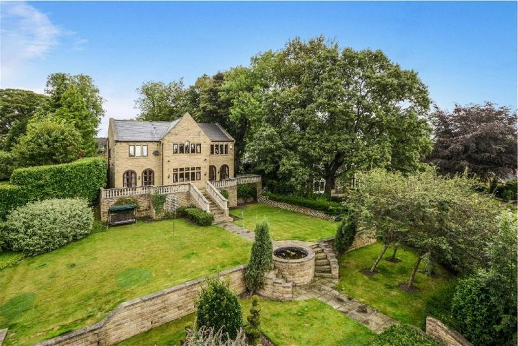 5 Bedrooms Detached House for sale in Fenay Lane, Almondbury, HUDDERSFIELD, HD5