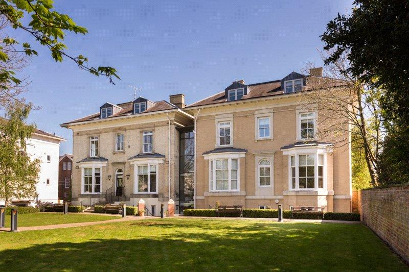 2 Bedrooms Apartment Flat for sale in Mill Mount Lodge, Mill Mount, York, YO24